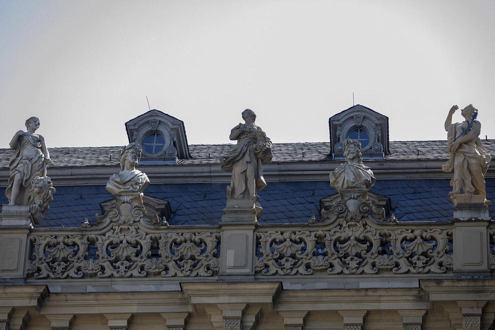 Würzburg - Residenzfiguren